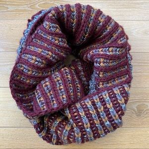 ROOTS-Chunky Knit Cabin Scarf Mixed Plum